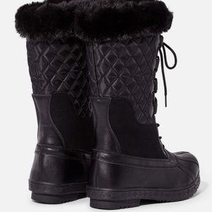 Shoes - Black Quilted Lace-up Winter Boot-8.5